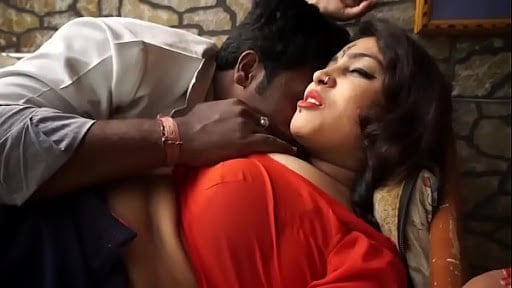 dharmapuri hot sexy bhabhi first time home sex with hubby's friend