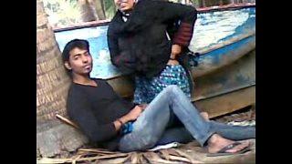Gaziabad muslim hijab village bhabhi outdoor sex with next door guy