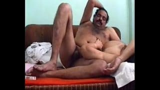 Real hot mom sex video with uncle leaked video online by son