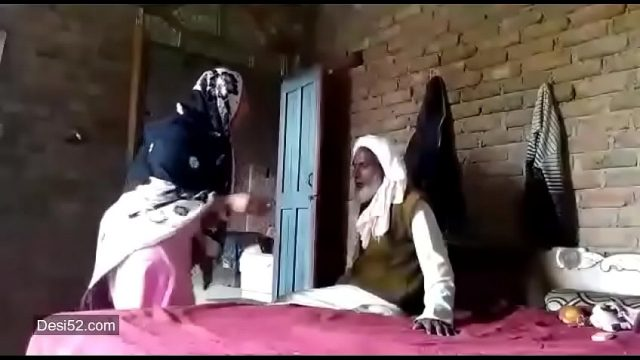 Pakistani women with big boobs and hot pussy fucked hard by an uncle sex mms