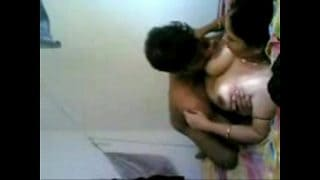 Hot indian big boobs mom xnxx sucking and hardcore fucking with son friend